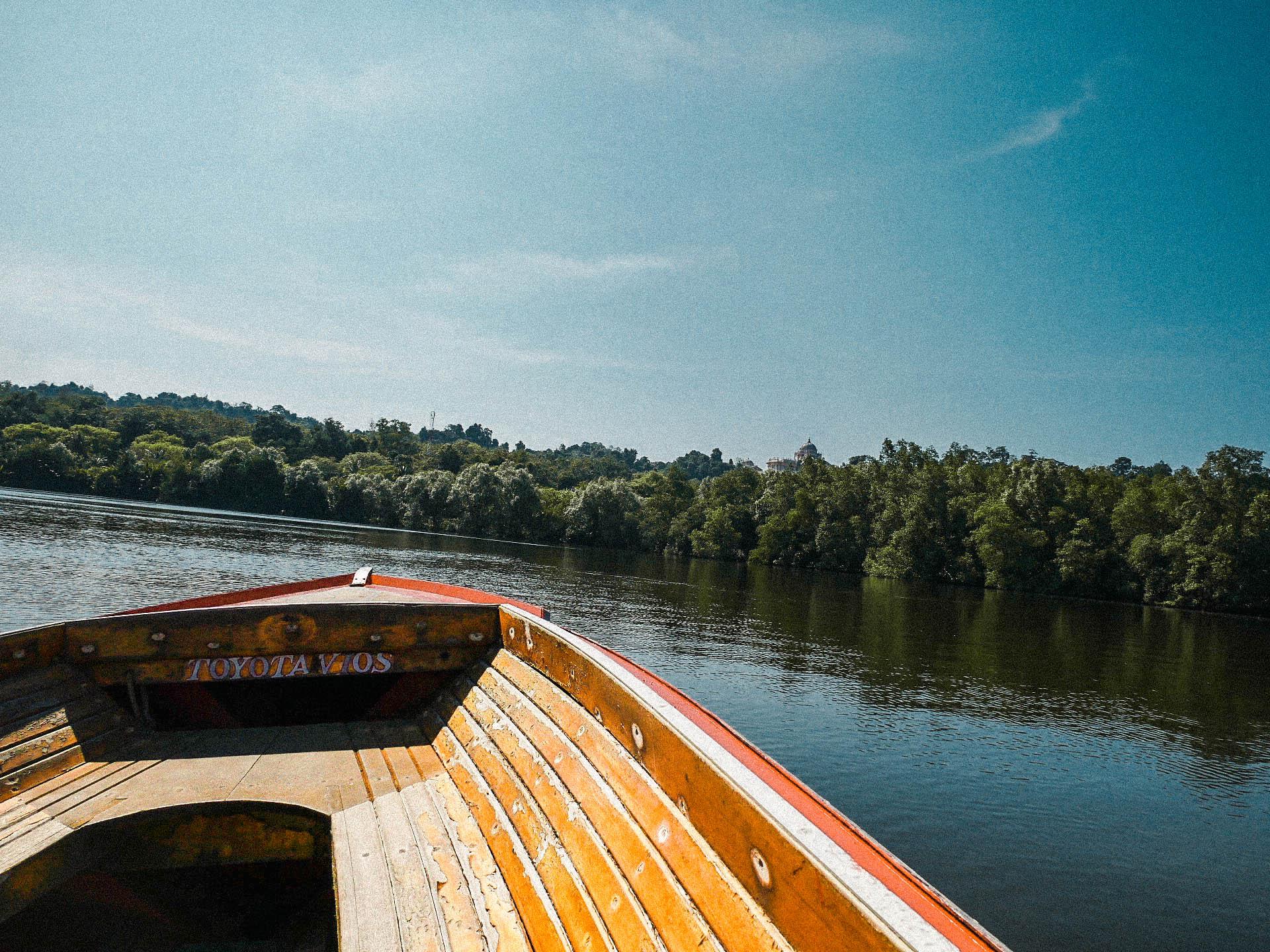 co zobaczyć w brunei? rejs łódką