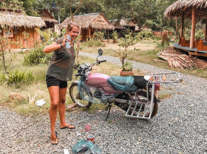 motor w kambodży.jpg