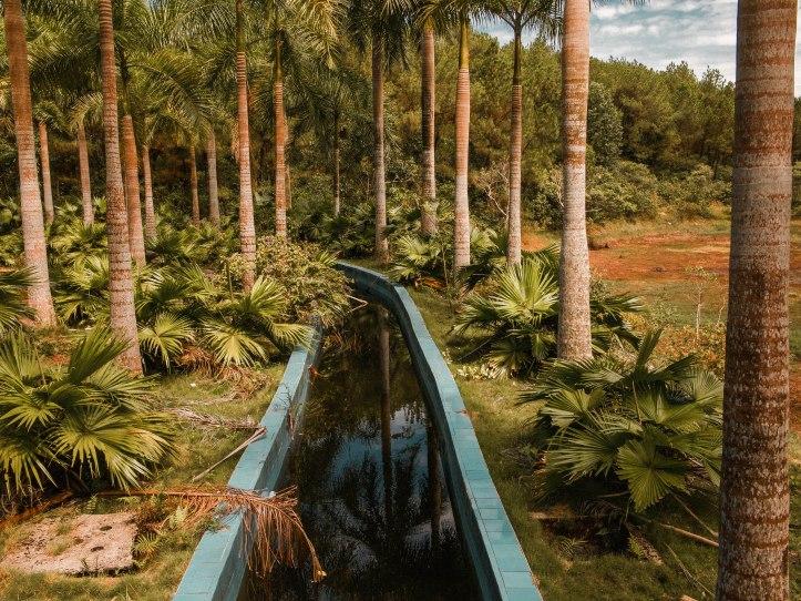 opuszczony park wodny w hue 7